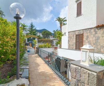 Вход   Villa Fortuna Holiday Resort